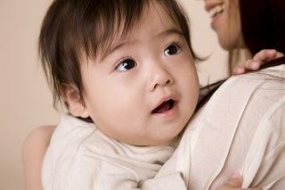 乳幼児の歯科治療の画像