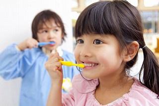 子どもの歯科治療写真